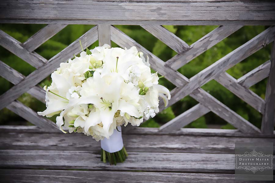wedding bridal floral bouquets photo