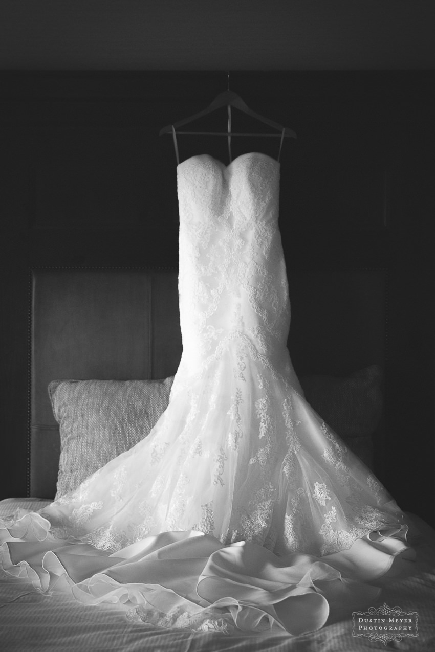 Stunning wedding bridal gown