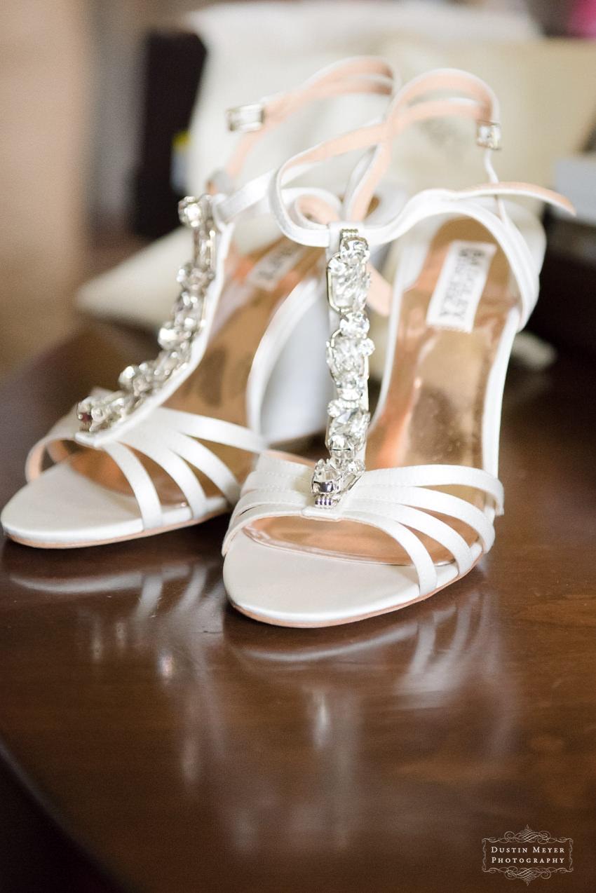 badgley mischka wedding bridal shoes