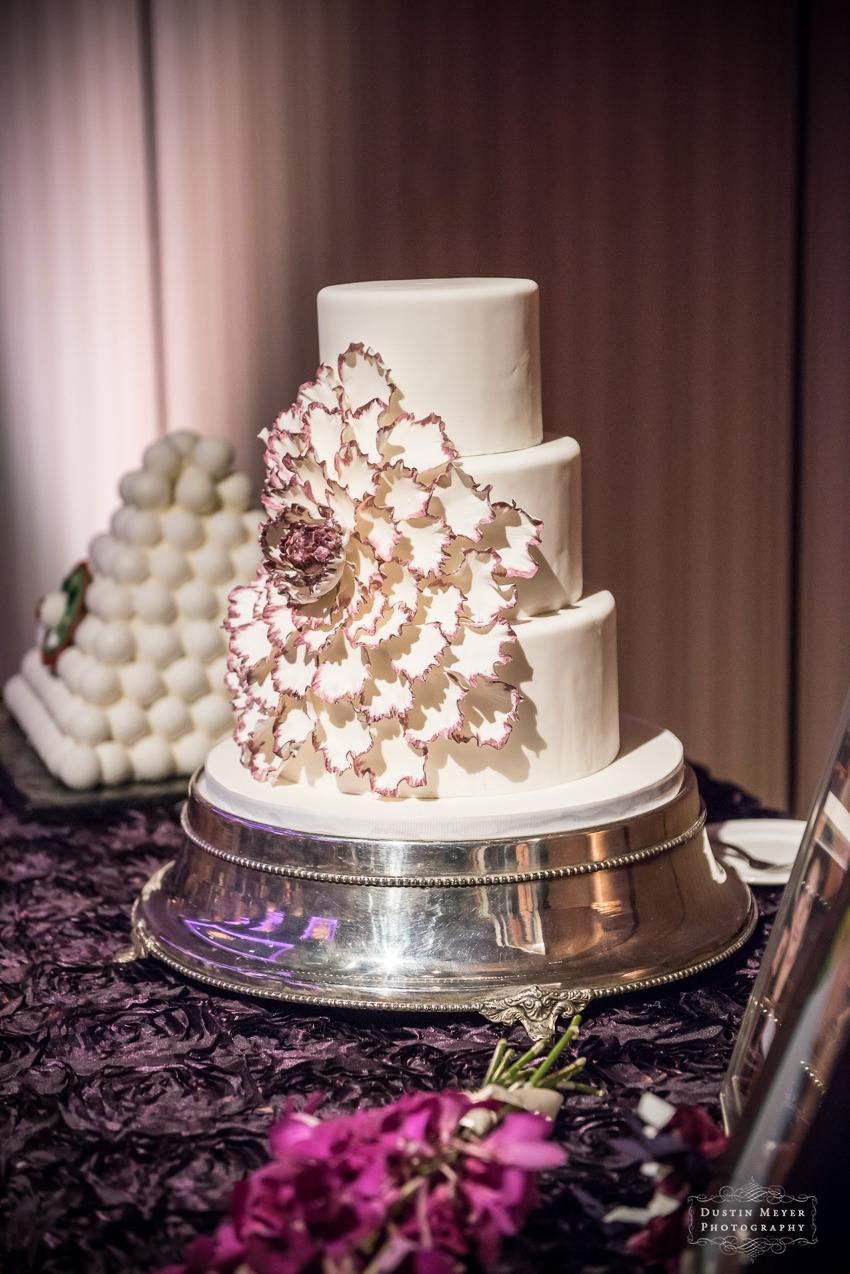 wedding bridal cake ideas Hyatt Lost Pines Wedding