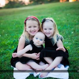 Austin Family Portraits: Dustin Meyer presents the Palm Family