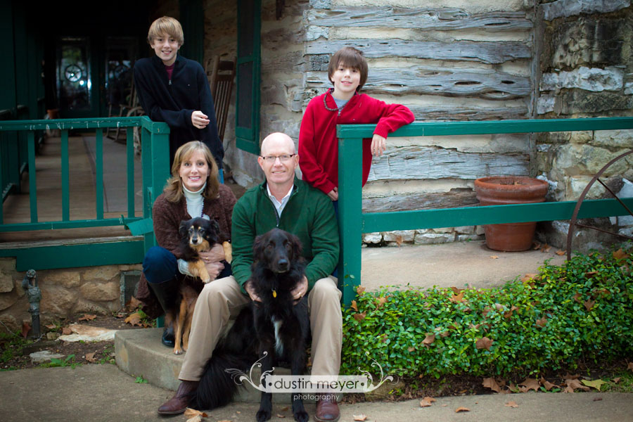 Austin Family Portraits: Dustin Meyer presents the Seaton Family