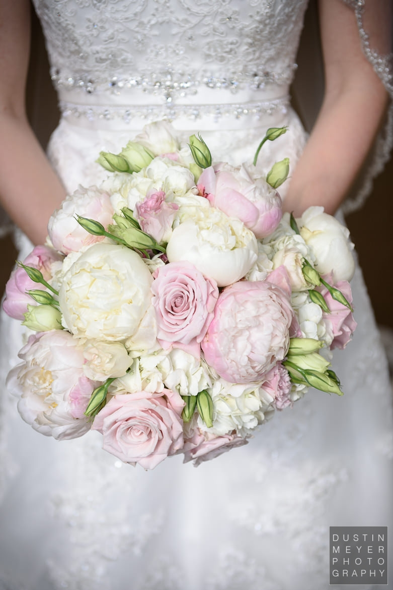 bridal wedding bouquet grace covenant church wedding