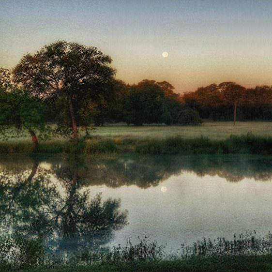"""Instagram: Not """"Good Night, Moon"""". Instead, """"Good Morning, Moon"""". #Landscape #Photography #Nature #Moon #PicOfTheDay"""