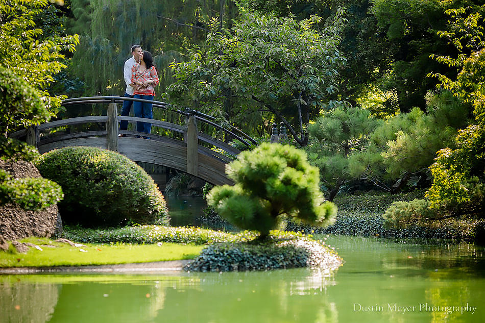 Fort worth botanic japanese garden engagement portraits Fort worth botanical gardens wedding