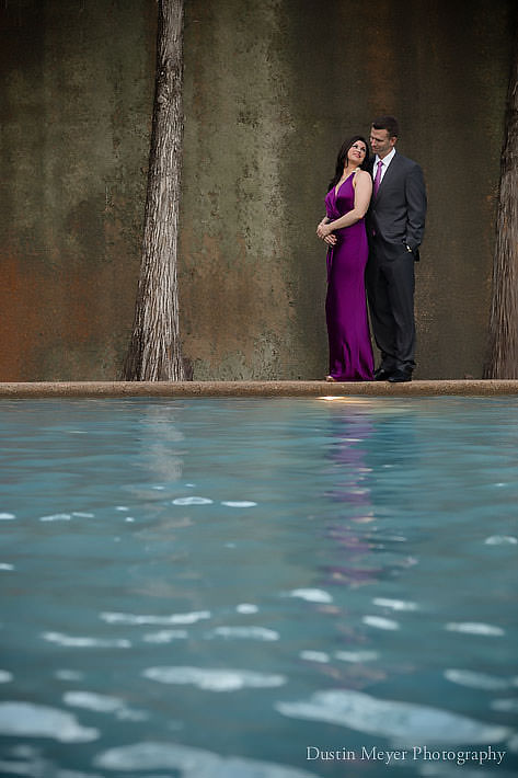 Fort worth water gardens engagement portraits photos - Fort worth water gardens wedding ...