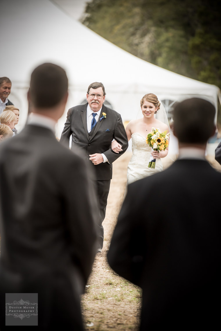 father daughter aisle ceremony wedding photography hill country wedding
