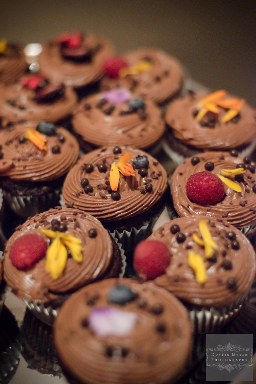 Groom's wedding cupcakes